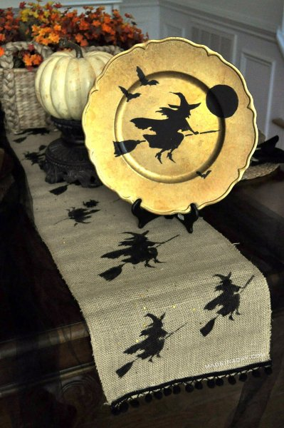 Made in a Day: Flying Witch Table Runner