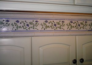 Tile makeover by Carol Leonesio, Paint It! (Before)