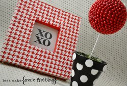 Less Cake, More Frosting: Stenciled Houndstooth Frame