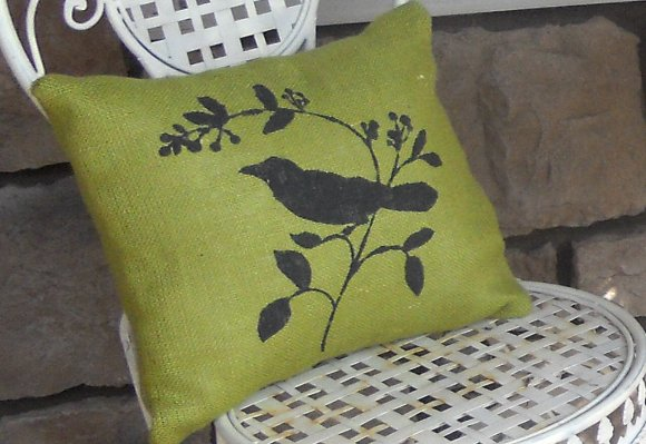 Stenciled Burlap: Pillows
